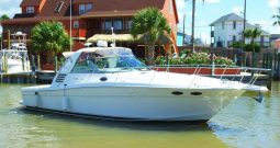 1999 Sea Ray 370 Express Cruiser